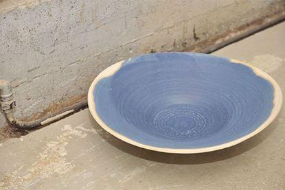 Bild på Fat i blåglaserad stengods