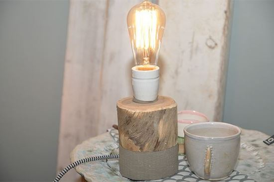 Bild på Skulpturlampa Stock