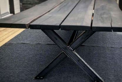 Bild på Rustikt bord